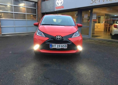 Toyota Aygo 1,0 VVT-I X-Play + Touch 69HK 5d